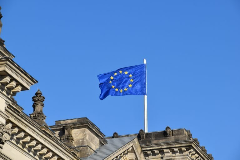European Commission Calls on Countries to Join International Platform on Sustainable Finance